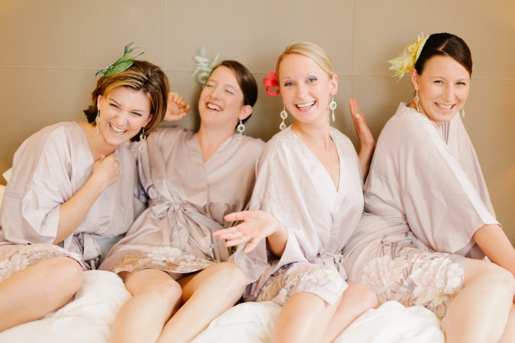 bridesmaids kimonos getting ready - Wedding in Vienna, Austria