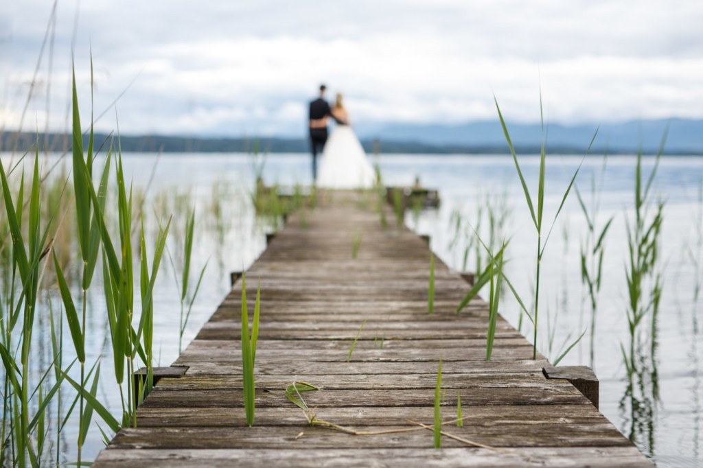 Starnberg-Lake-Wedding-byIconoclashPhotography-0022.jpg